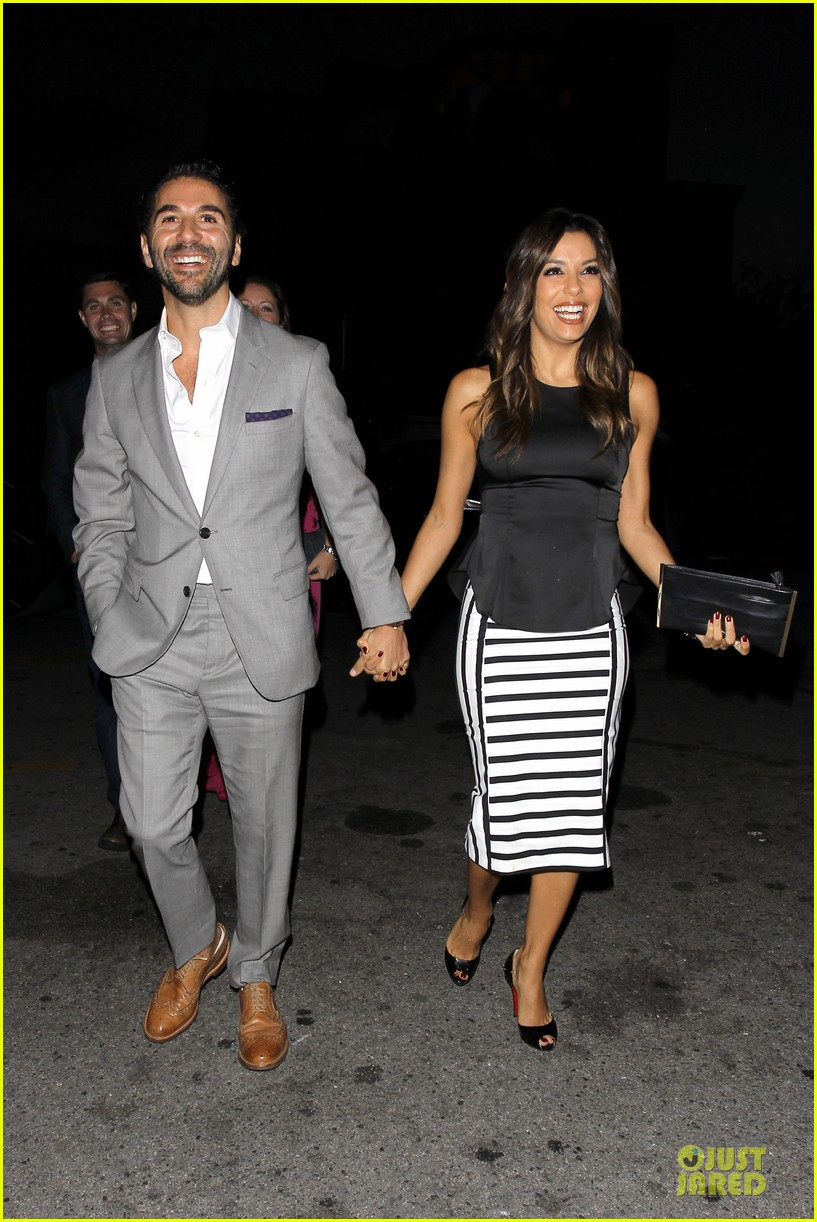 eva longoria beaming with jose baston presence 07