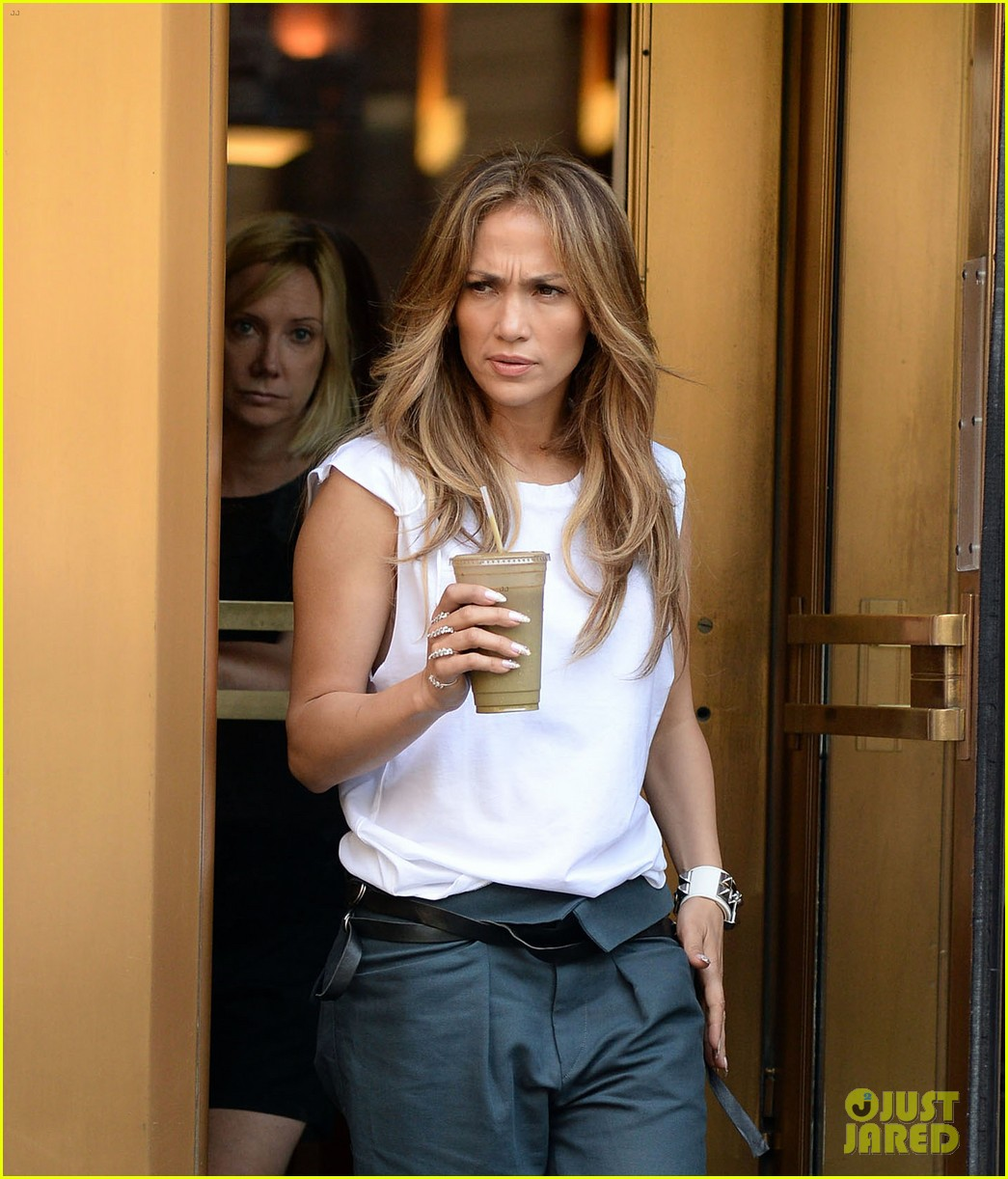 jennifer lopez marc anthony divorce finally finalized 04