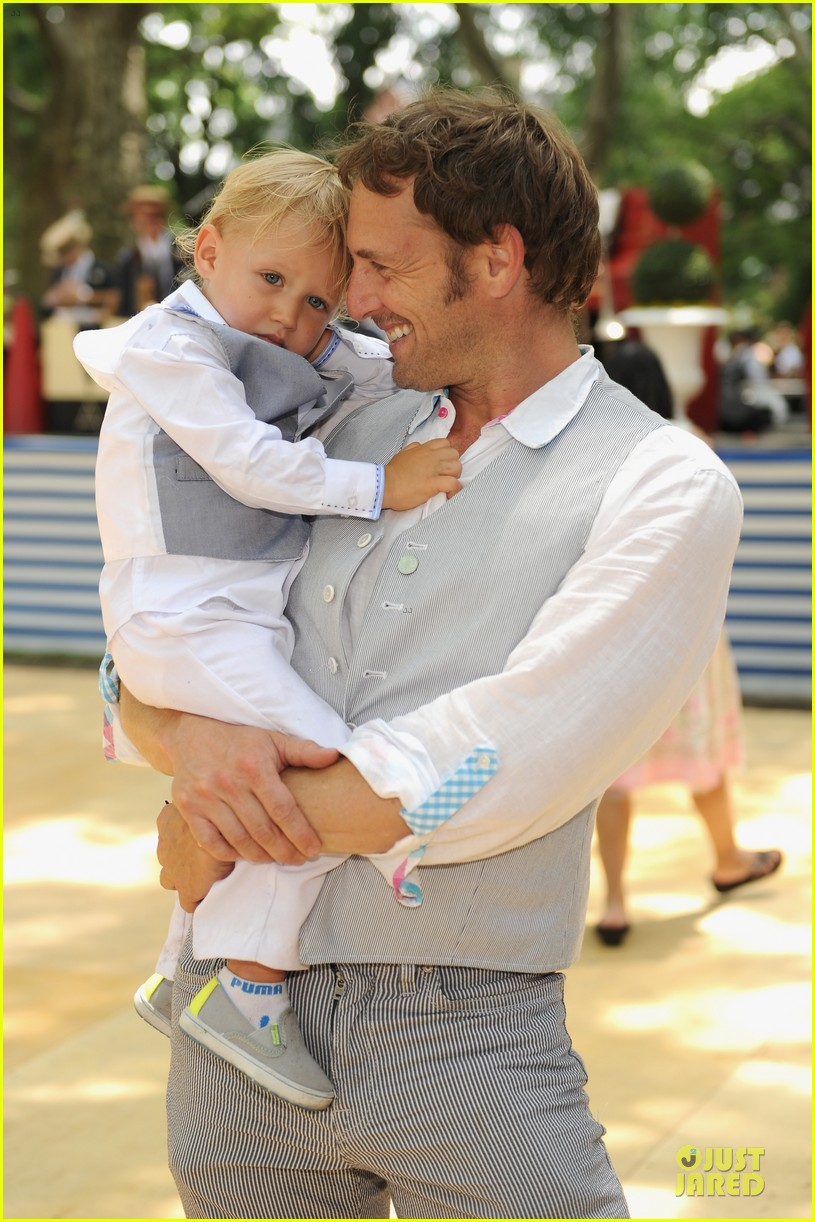 josh lucas noah has blue eyes 02