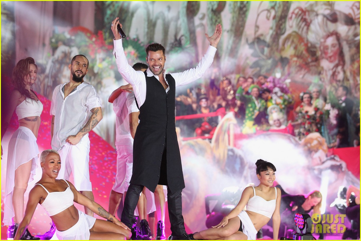 ricky martin christina perri perform at the life ball 263125681