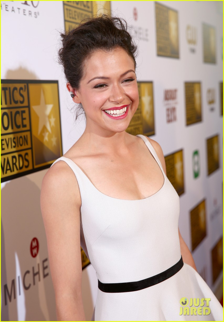 tatiana maslany michelle monaghan critics choice tv awards 2014 02