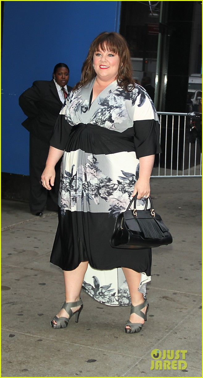 melissa mccarthy will do almost anything for a laugh 033143560