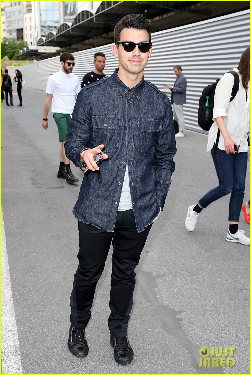 joe jonas jesse metcalfe dinner paris fashion week 053145334