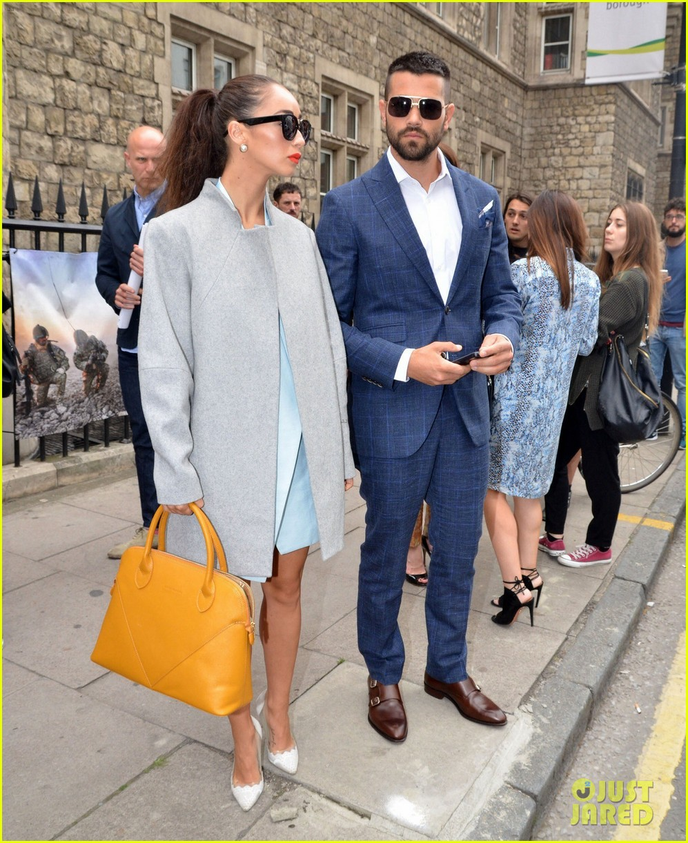 jesse metcalfe cara santana fashionable duo for london mens fashion week 12