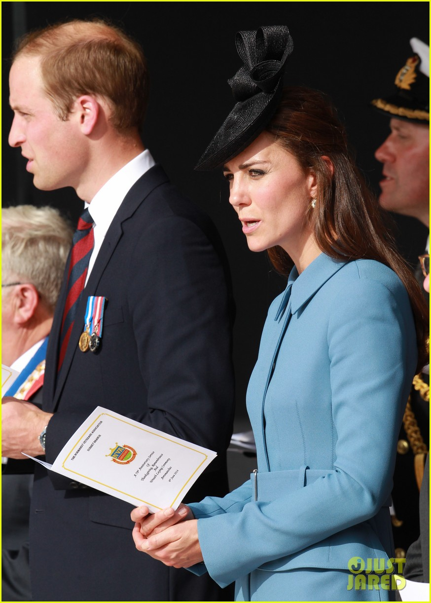 kate middleton prince william pay respects at d day 70th anniversary 01