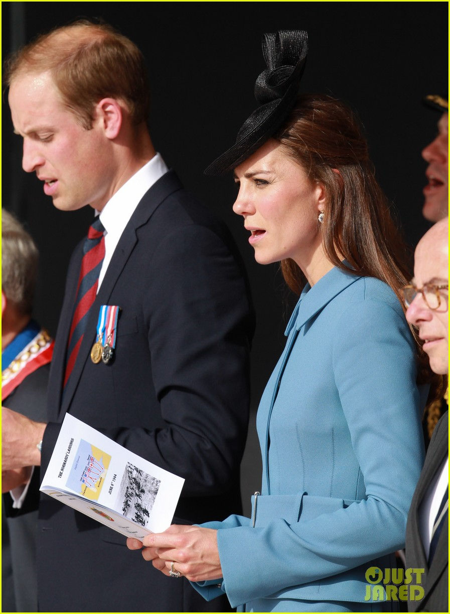 kate middleton prince william pay respects at d day 70th anniversary 243129894