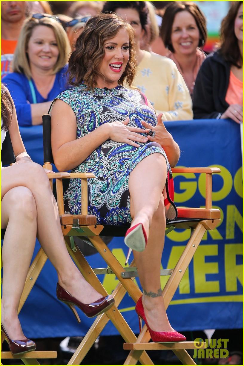 alyssa milano pregnant large baby bump 153126601
