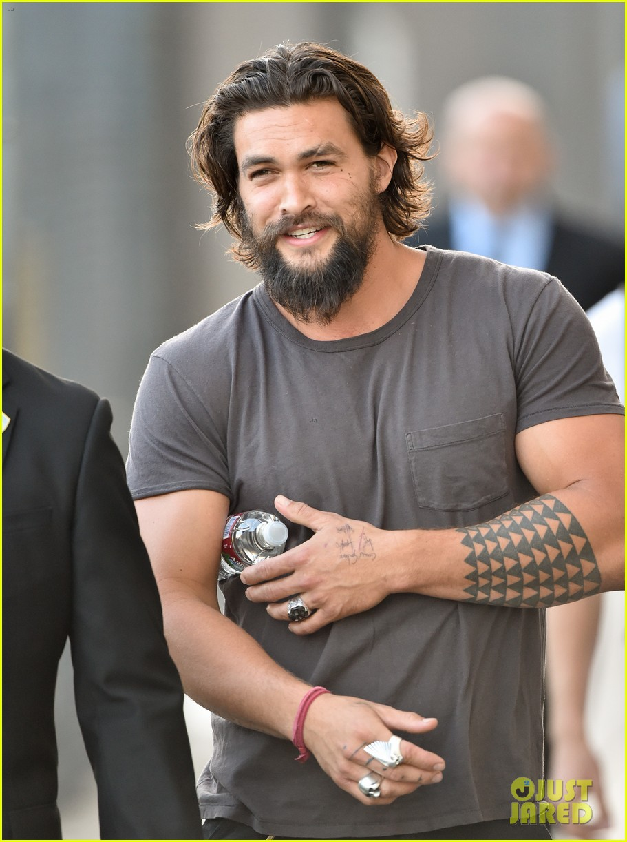 jason momoa grilled over aquaman rumors 053138916