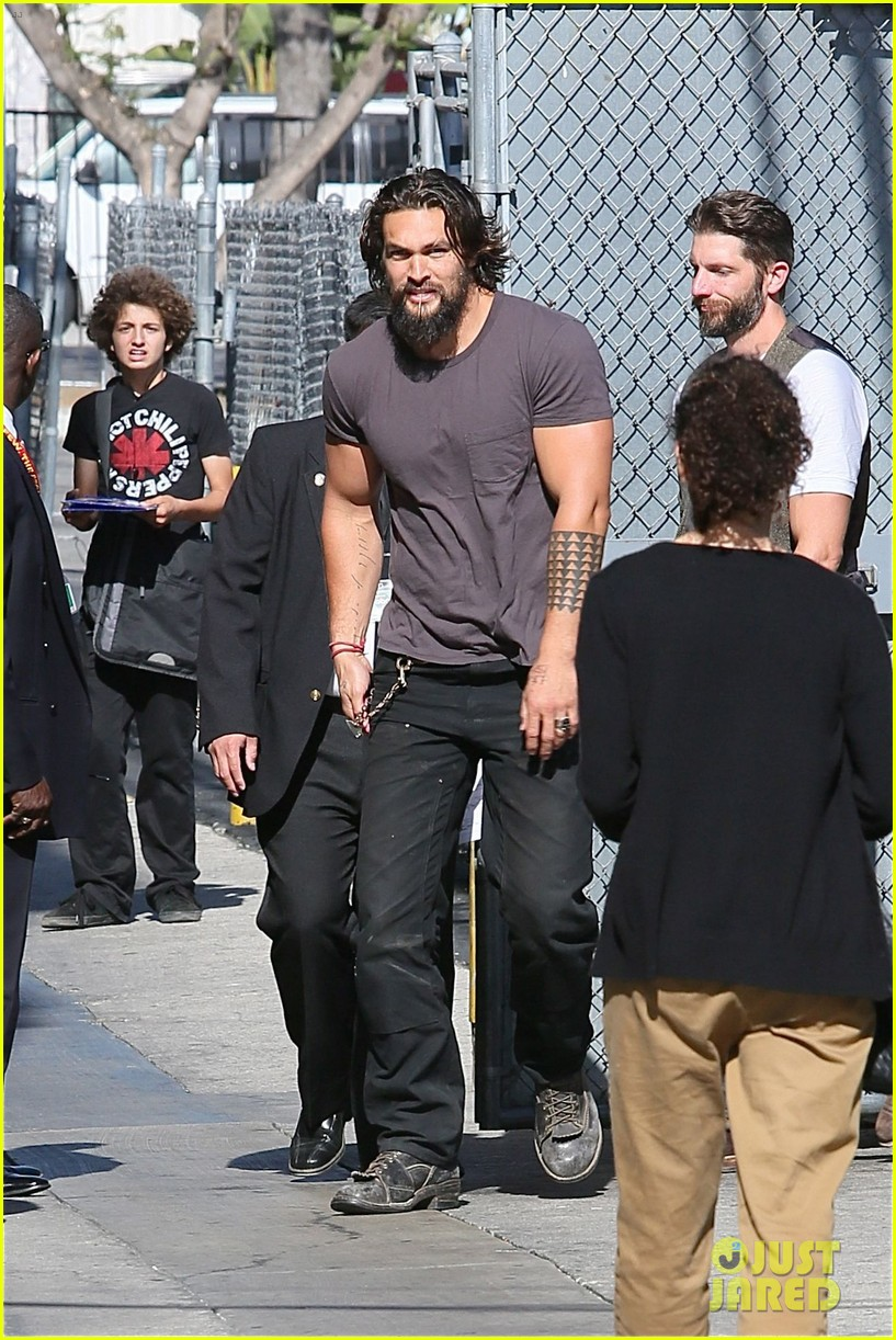 jason momoa grilled over aquaman rumors 11