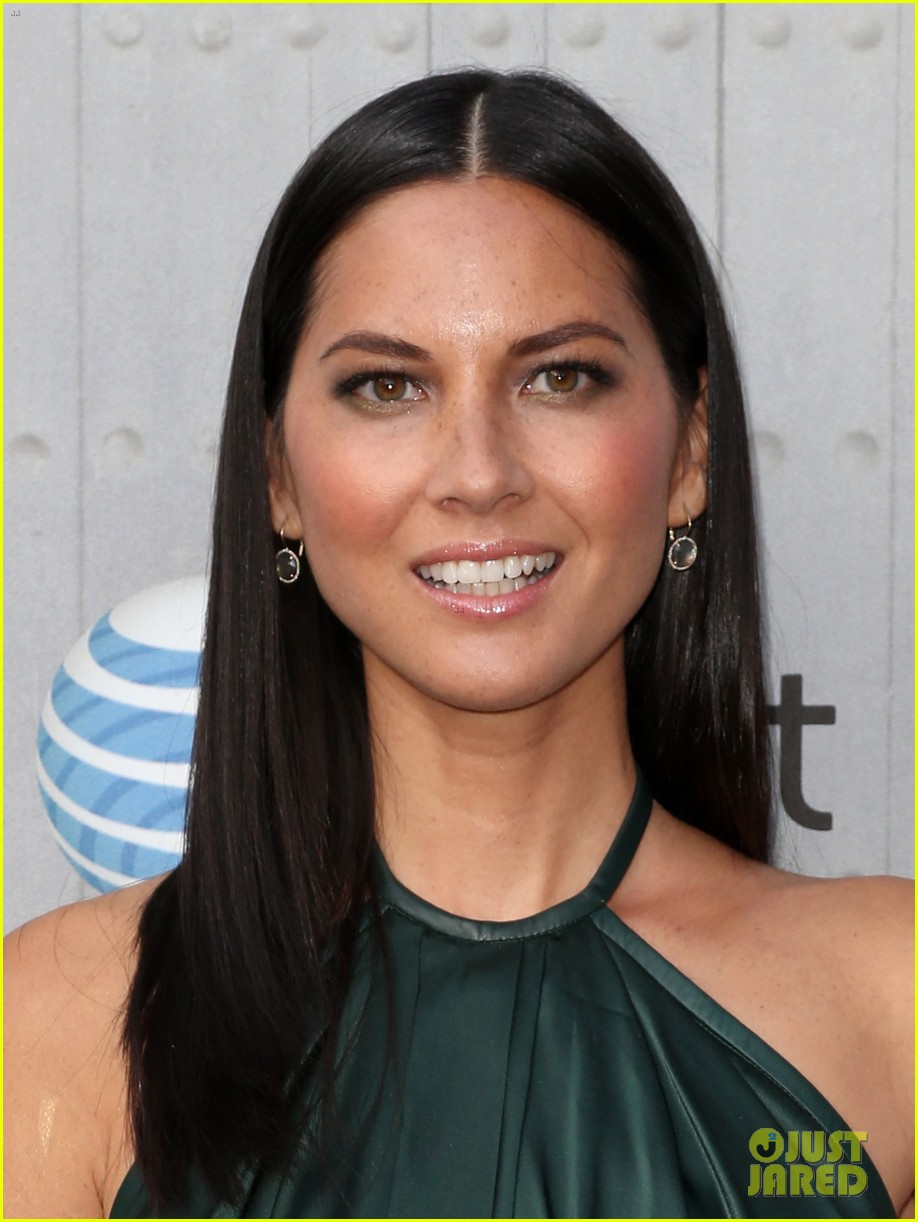 olivia munn rosario dawson guys choice awards 2014 09