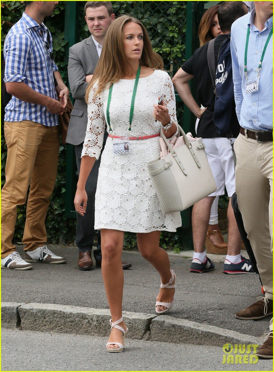 andy murray girlfriend kim sears supports him at wimbledon 23
