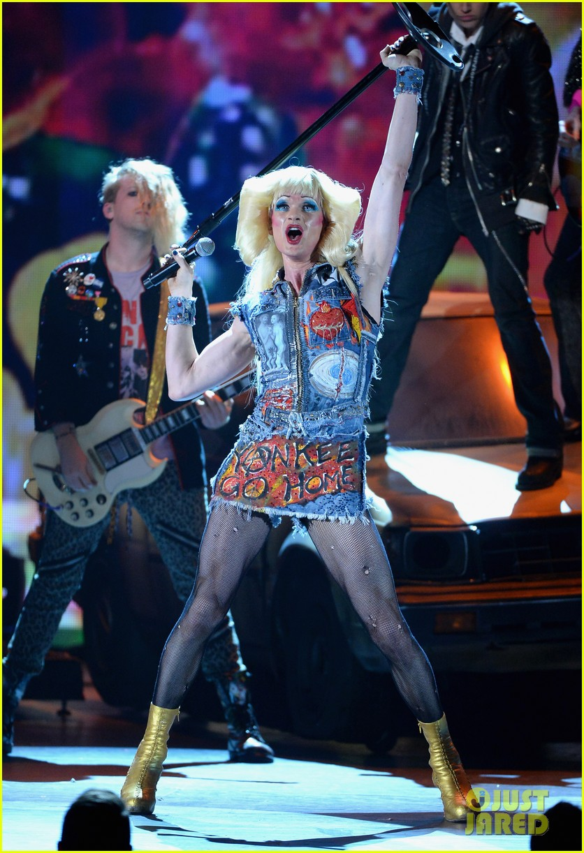 neil patrick harris sugar daddy hedwig angry inch tony awards 2014 performance 03