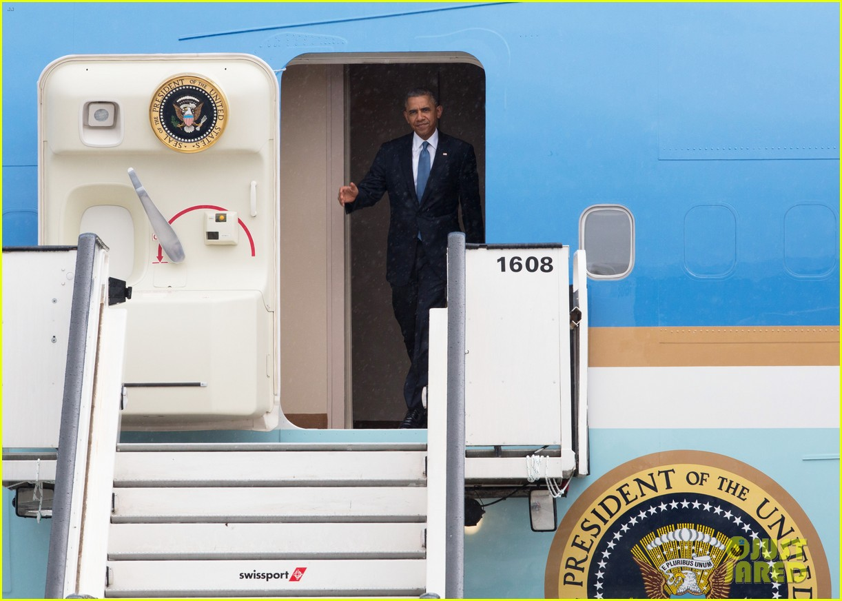 Obama Arrives in Brussels Amid Calls for Impeachment | Barack Obama