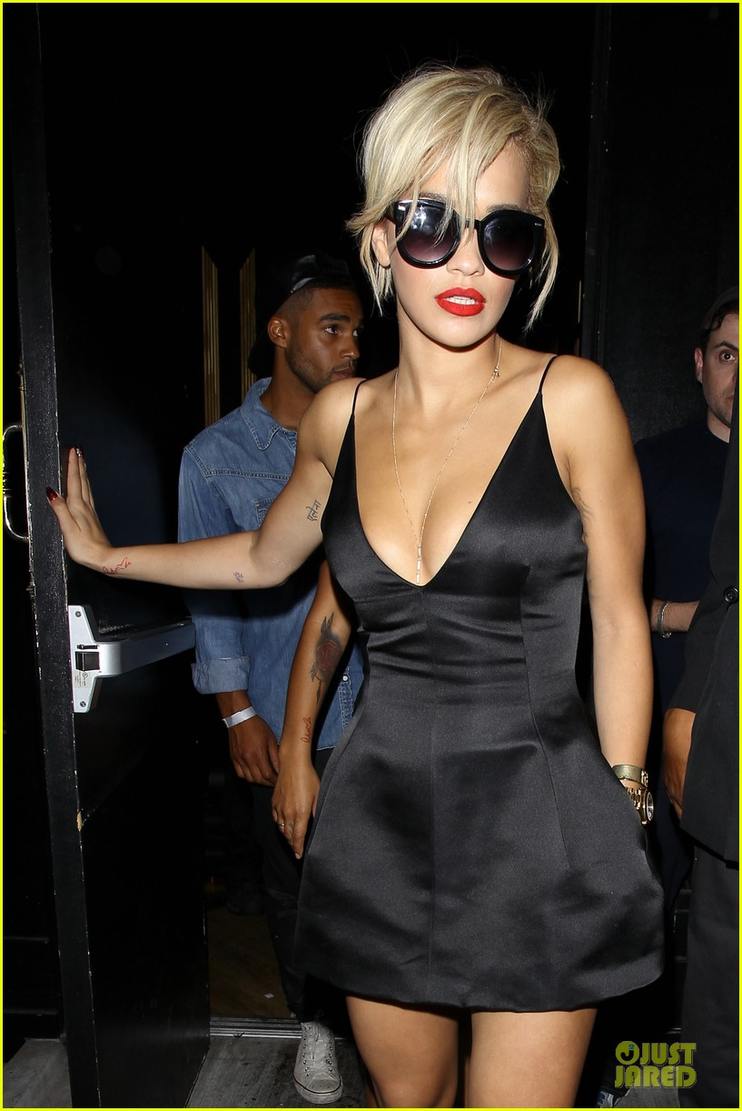 rita ora shows cleavage after calvin harris split 023130361