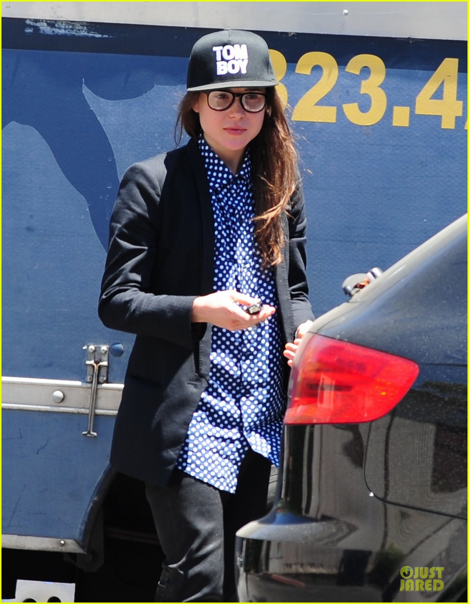 ellen page crafts tom boy image 073125431