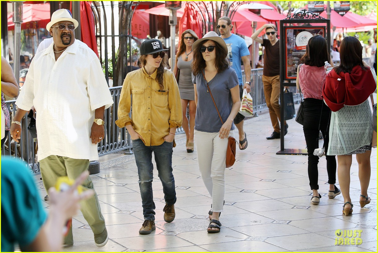 ellen page sunday shopping with close gal pal 063131966
