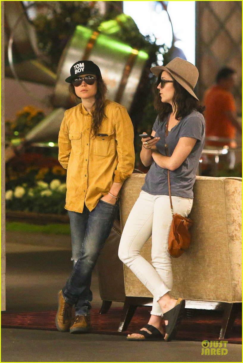 ellen page sunday shopping with close gal pal 20