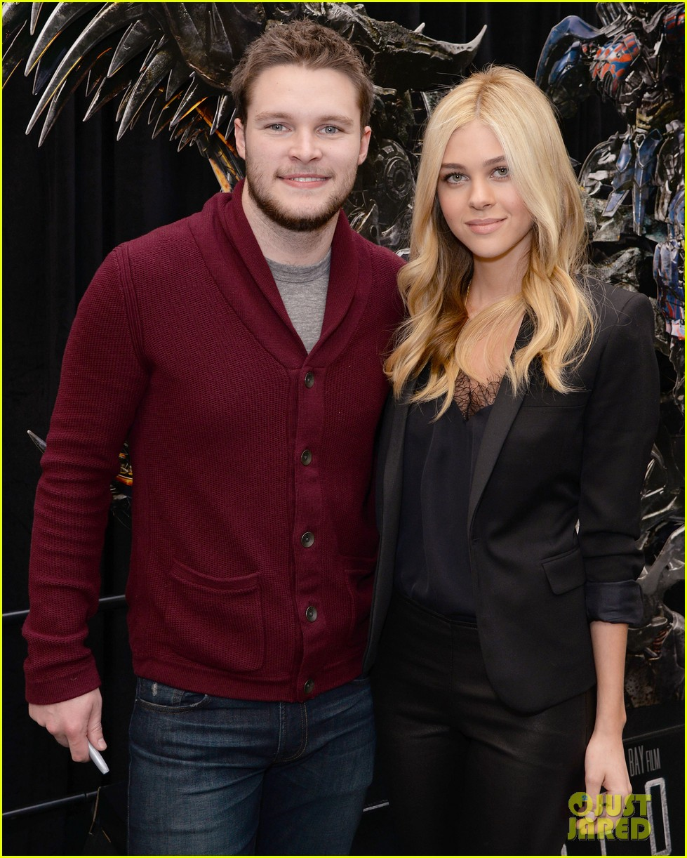 nicola peltz jack reynor tour country for transformers 10