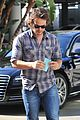 chris pine taylor kitsch give us eye candy at kings game 16