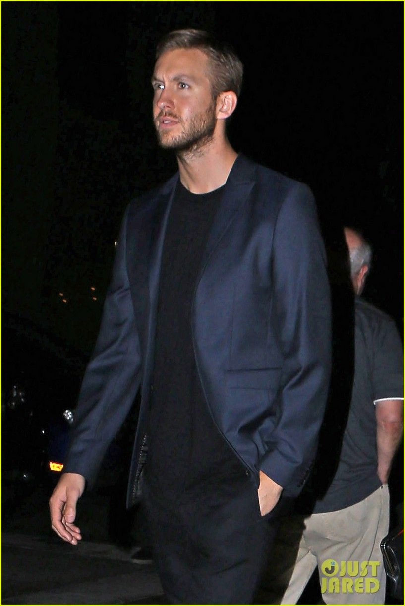 rosie huntington whiteley calvin harris have dinner together 043129844