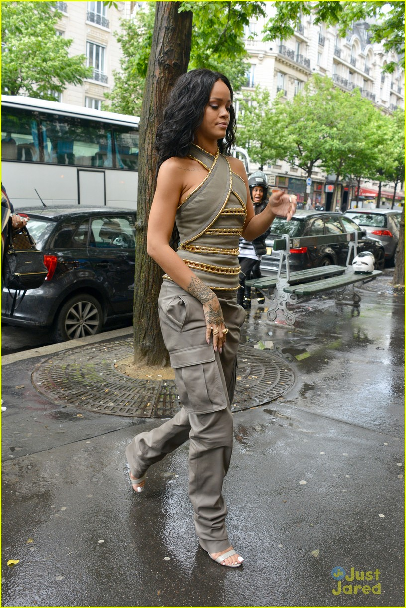 see how rihanna sheer dress was made 203128271