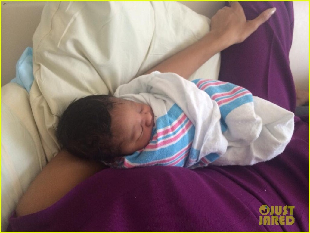 rihanna cutest pics baby niece 17