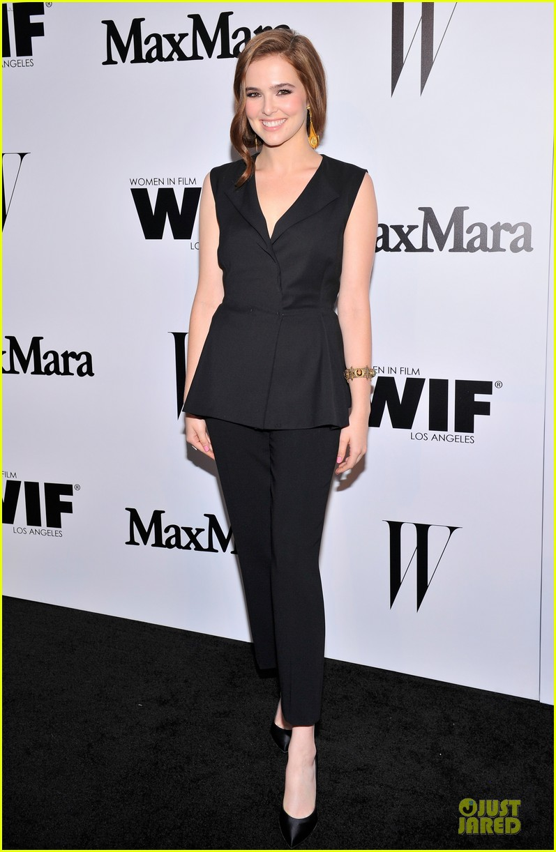 naya rivera zoey deutch super chic at maxmara party 04