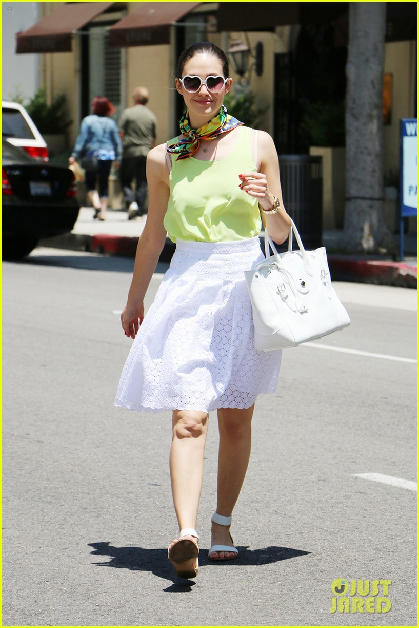emmy rossum national sunglass day heart shaped 073145030