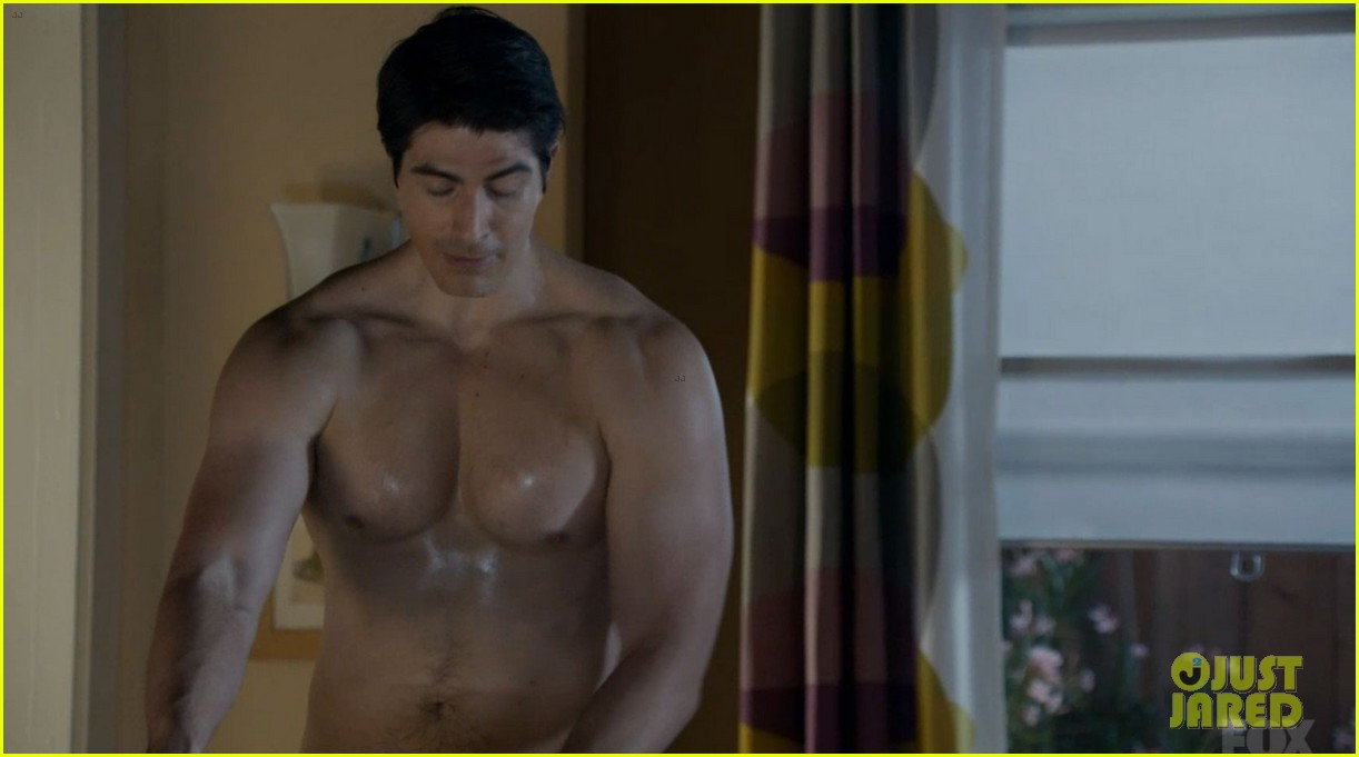 brandon routh enlisted guys go shirtless 07