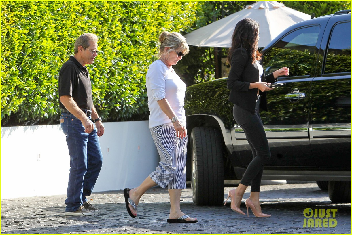 selena gomez studio justin bieber back together 32