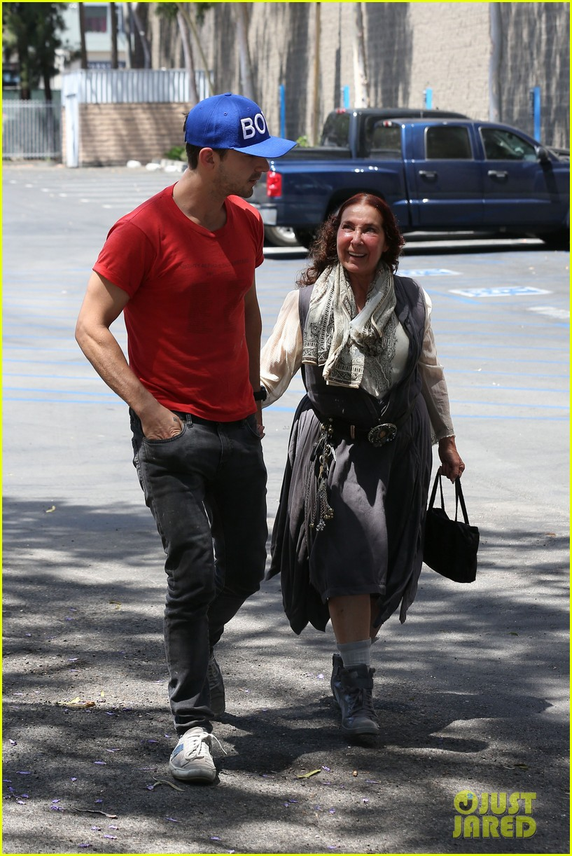 shia labeouf holds hands with his mom while out to lunch 09