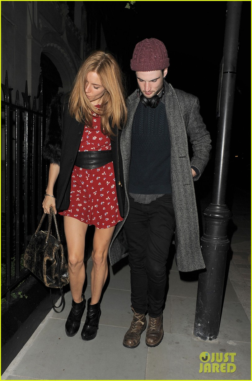 sienna miller tom sturridge date night in london 083129777