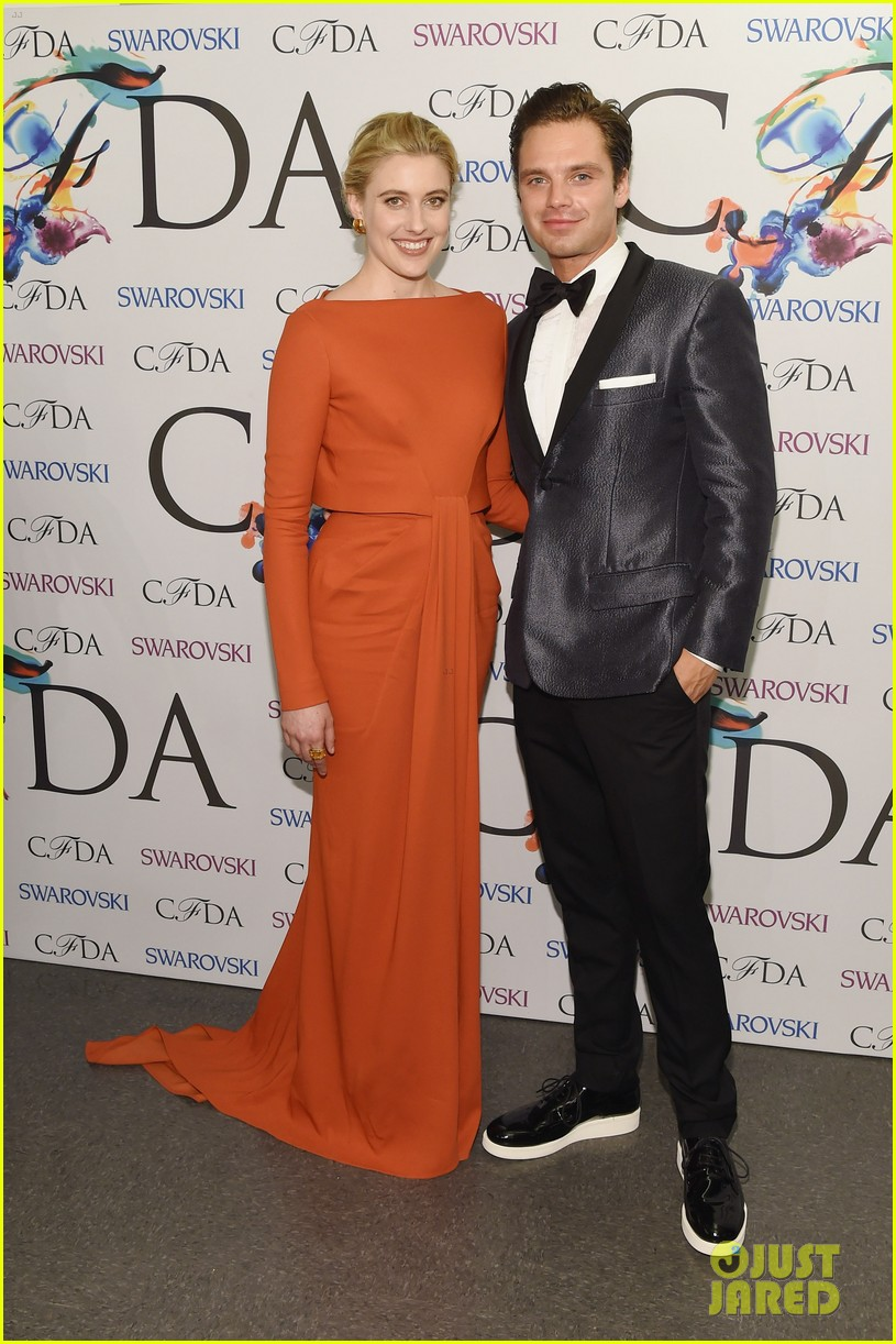 sebastian stan cdfa awards 2014 red carpet 033127347