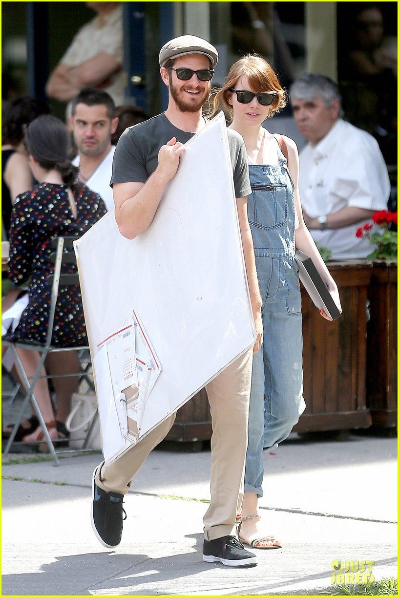 emma stone looks trendy in overalls andrew garfield 153140793