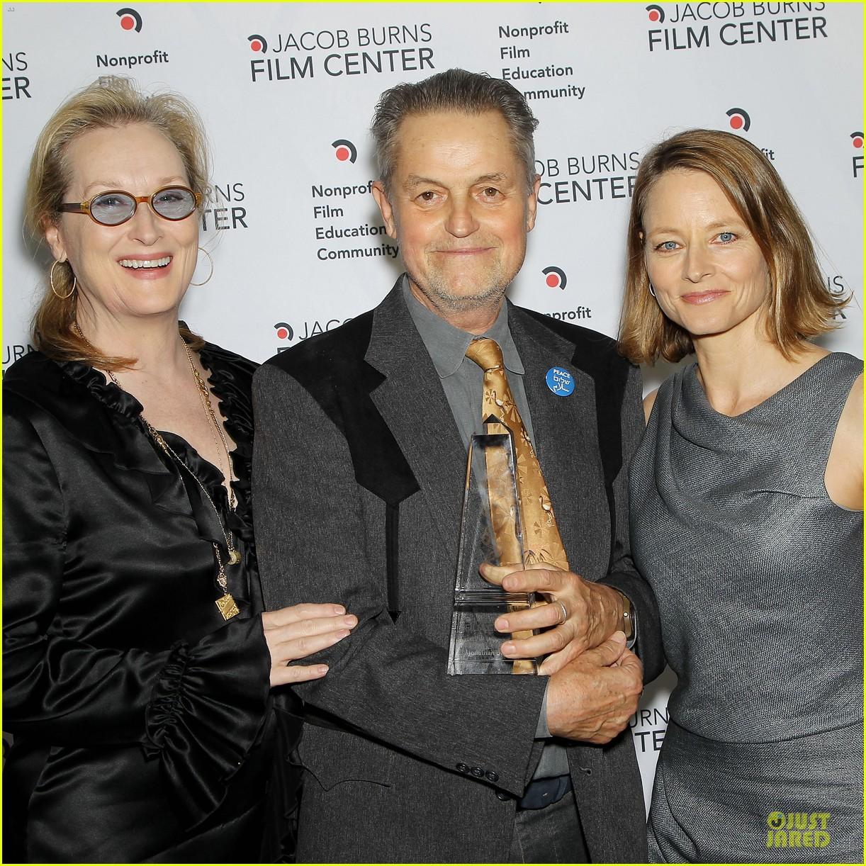 meryl streep jodie foster help hionor filmmaker jonathan demme 043135770