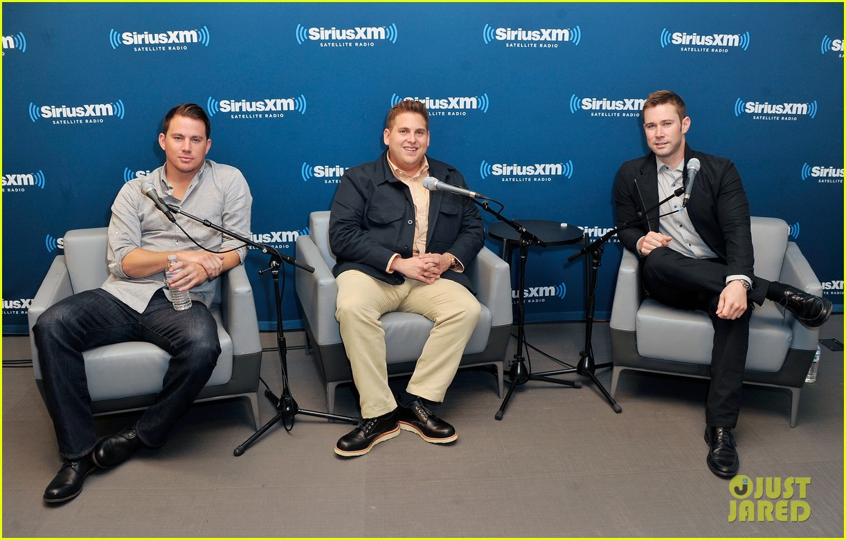 channing tatum joins jonah hill for 22 jump street press 043128193