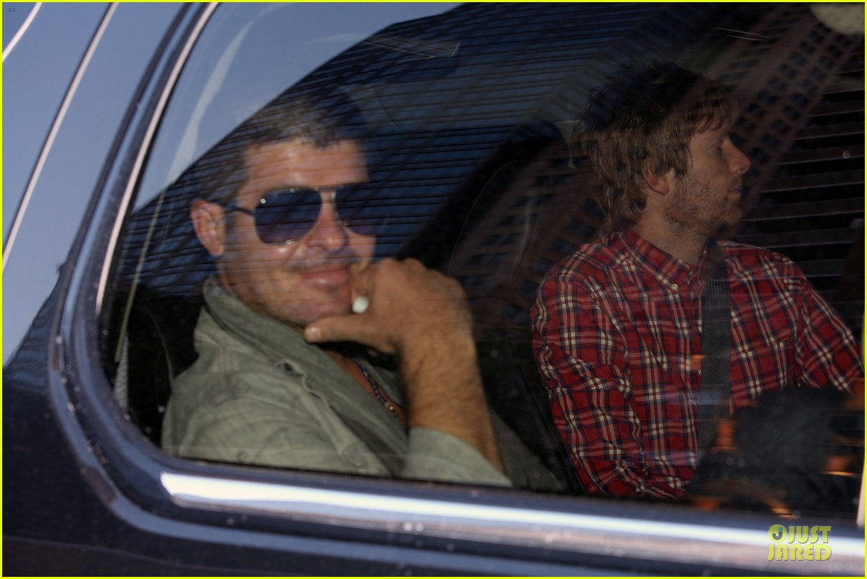 robin thicke pharrell williams support walmart 113130160