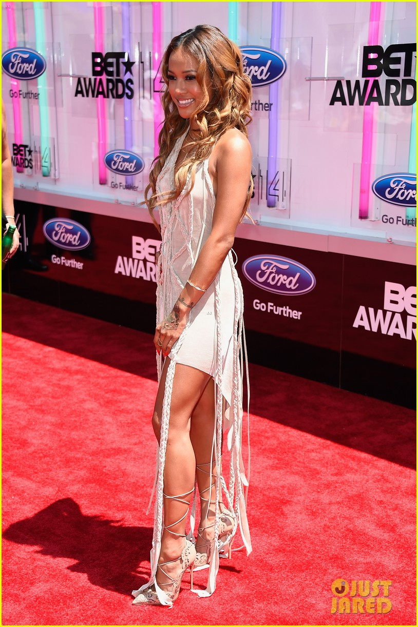 karrueche tran bet awards 2014 11