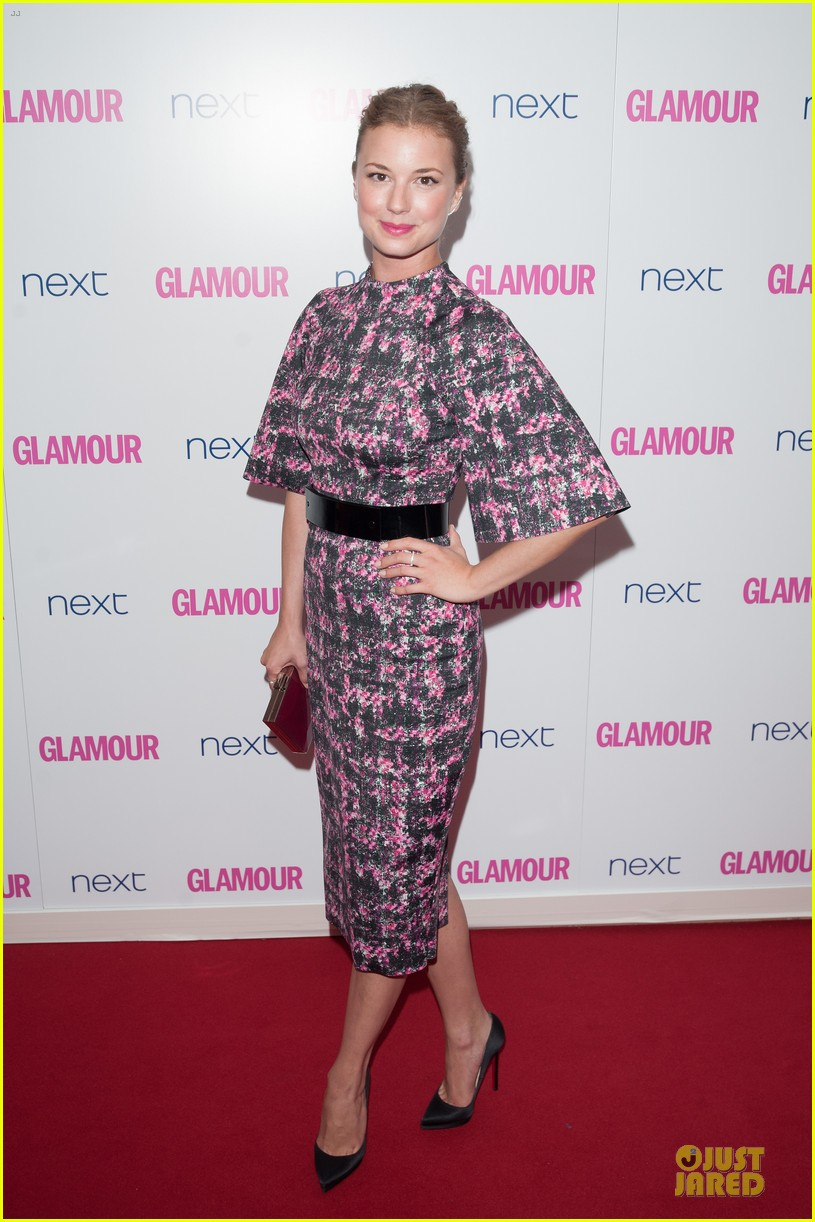 emily vancamp taylor schilling glamour women of the year awards 10