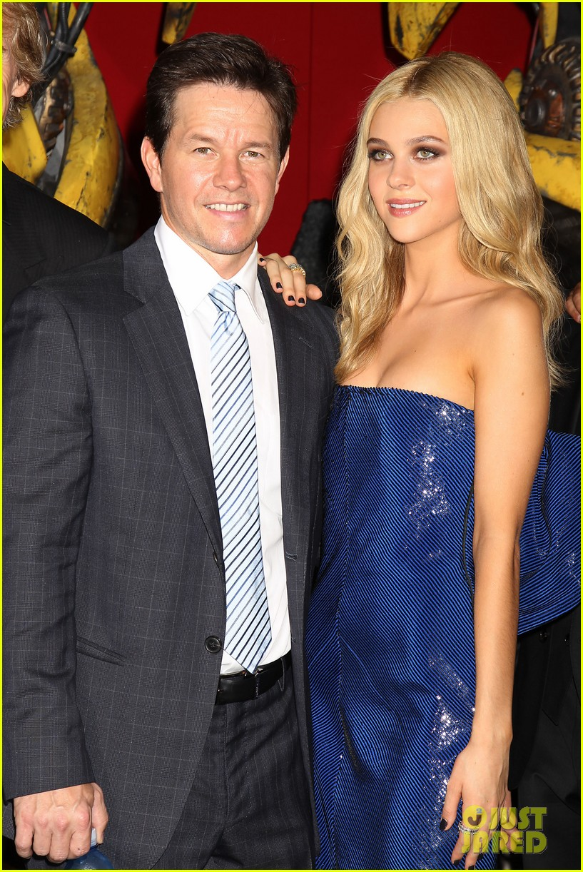 mark wahlberg brings the family to transformers nyc premiere 19