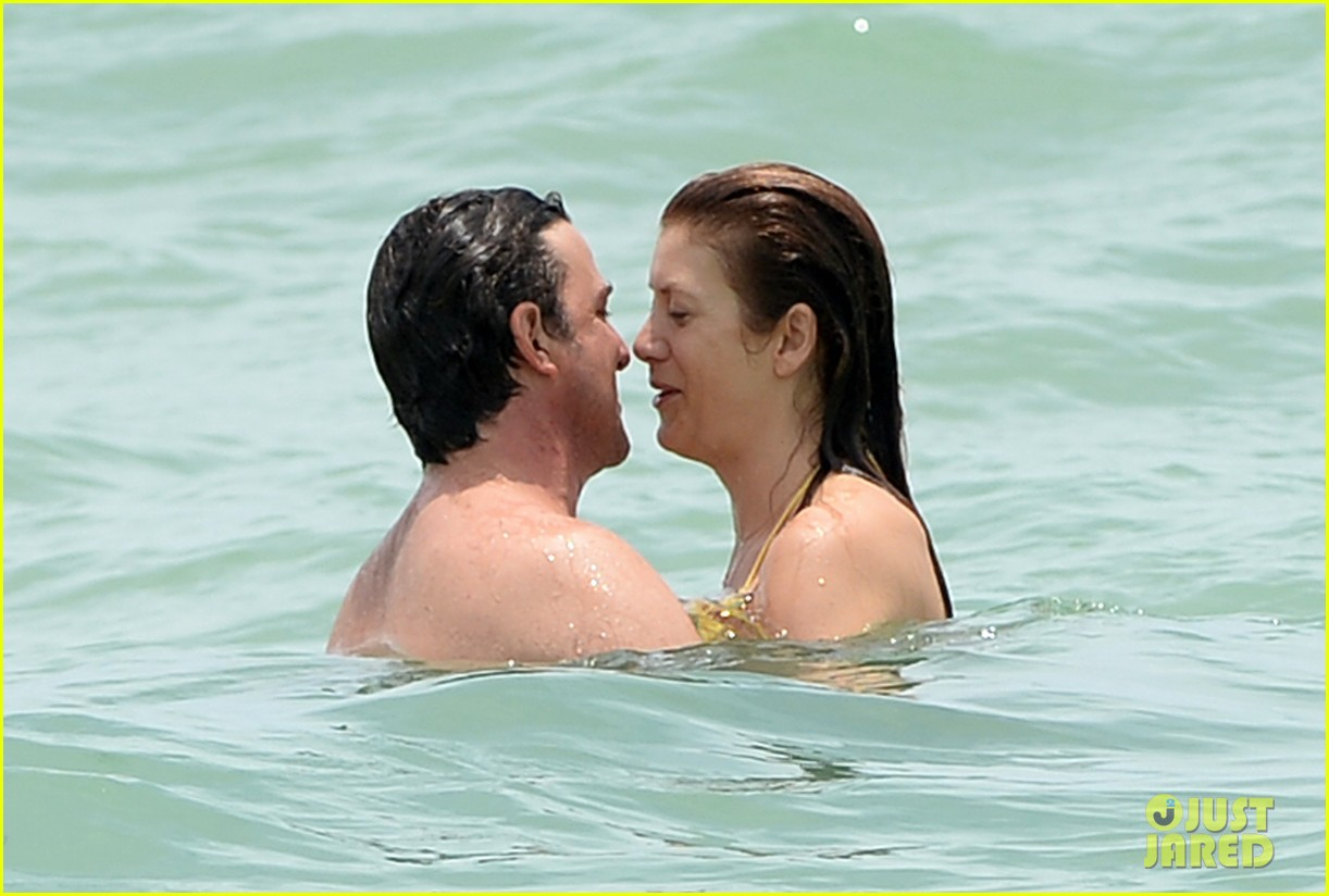 kate walsh makeout boyfriend vacation 08
