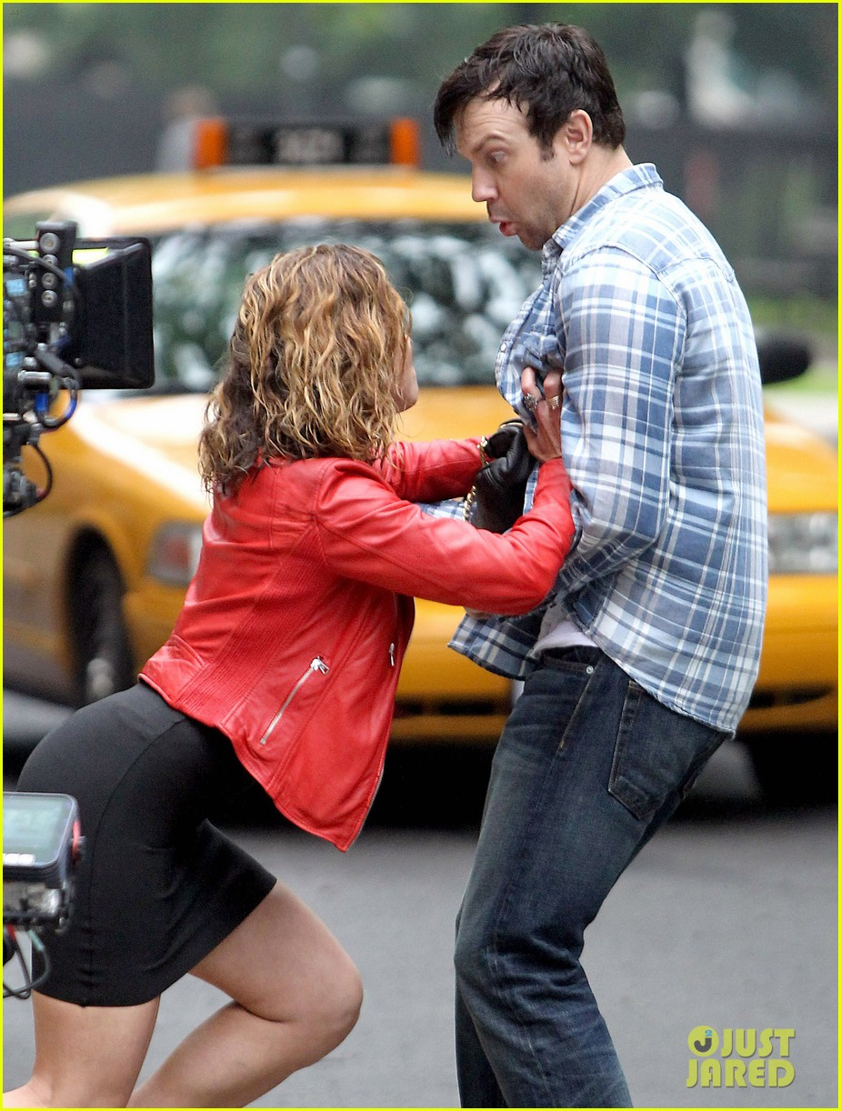 jason sudeikis margarita levieva get in physical fight 02
