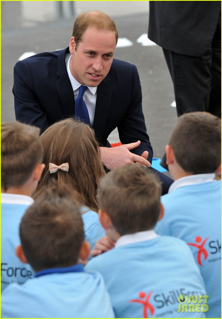 prince william tells students he likes coldplay linkin park 073128733