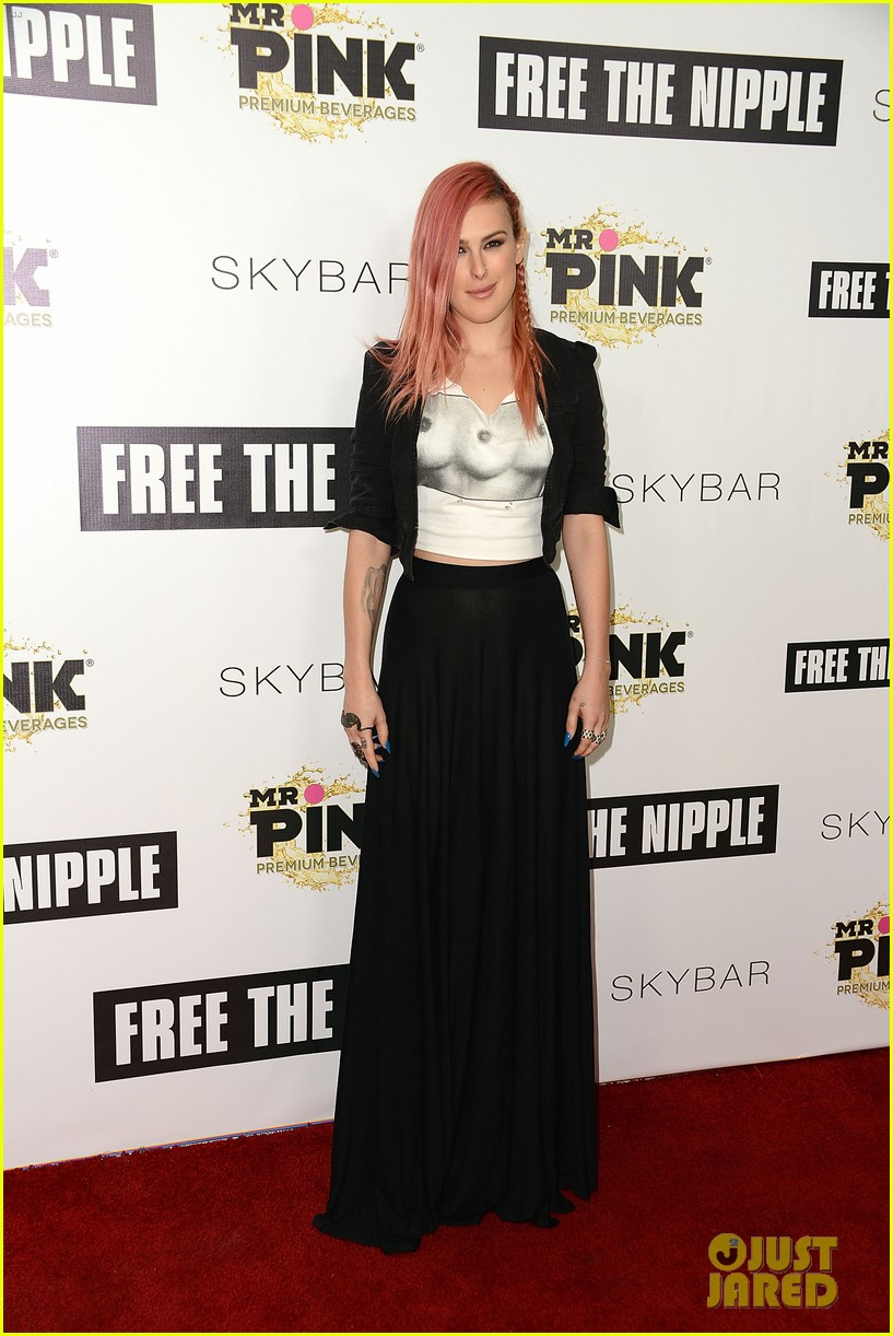rumer willis supports lina esco at free the nipple fundraiser 15