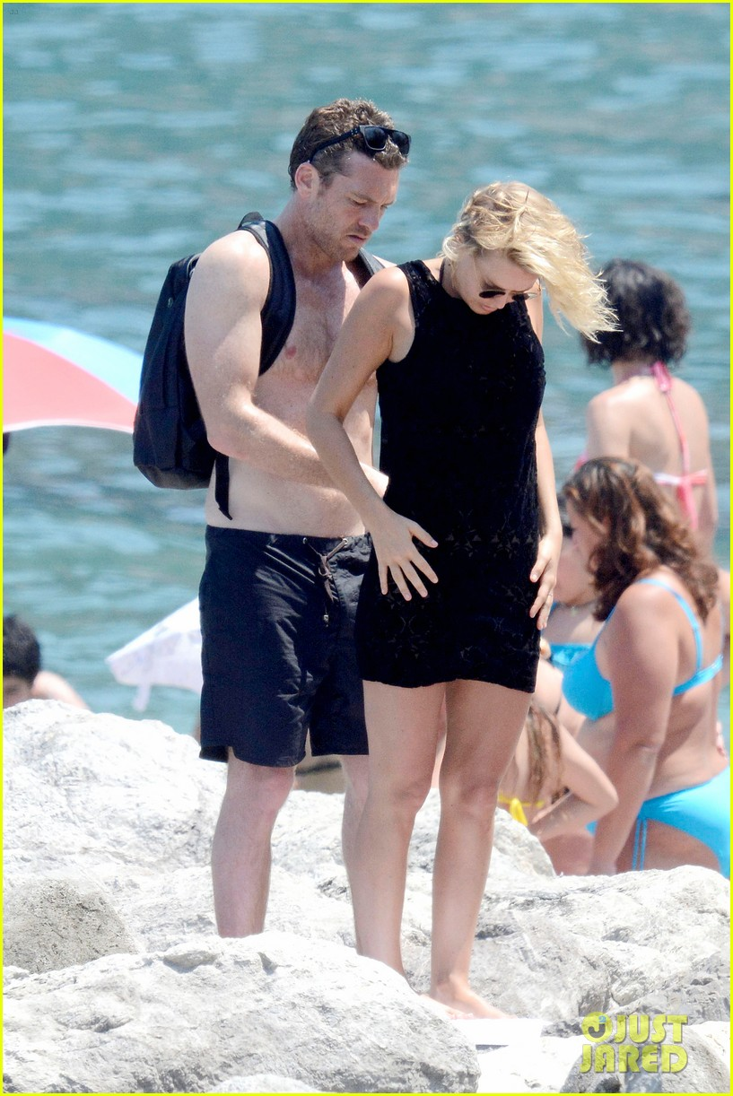 sam worthington lara bingle get handsy pack on the pda on beach 09