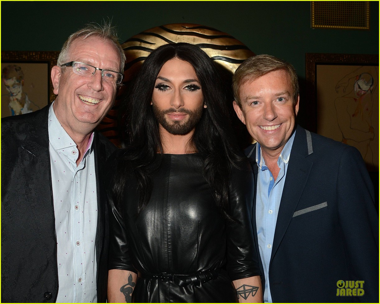 conchita wurst makes statement on love respect tolerance 083145274