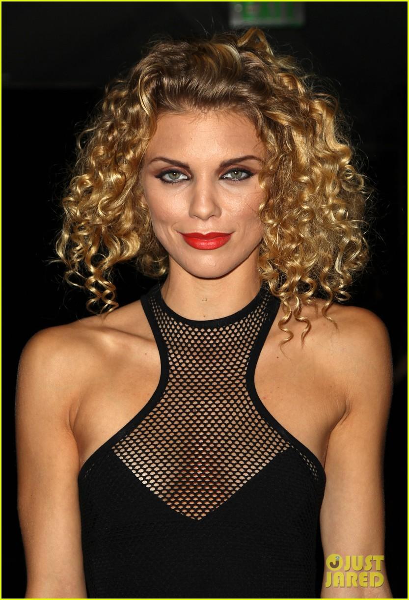 annalynne mccord curls loose stars stripes charity 063148253
