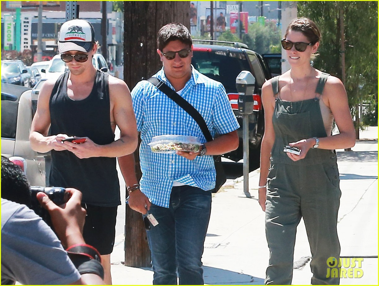 ashley greene wears overalls lunch 06