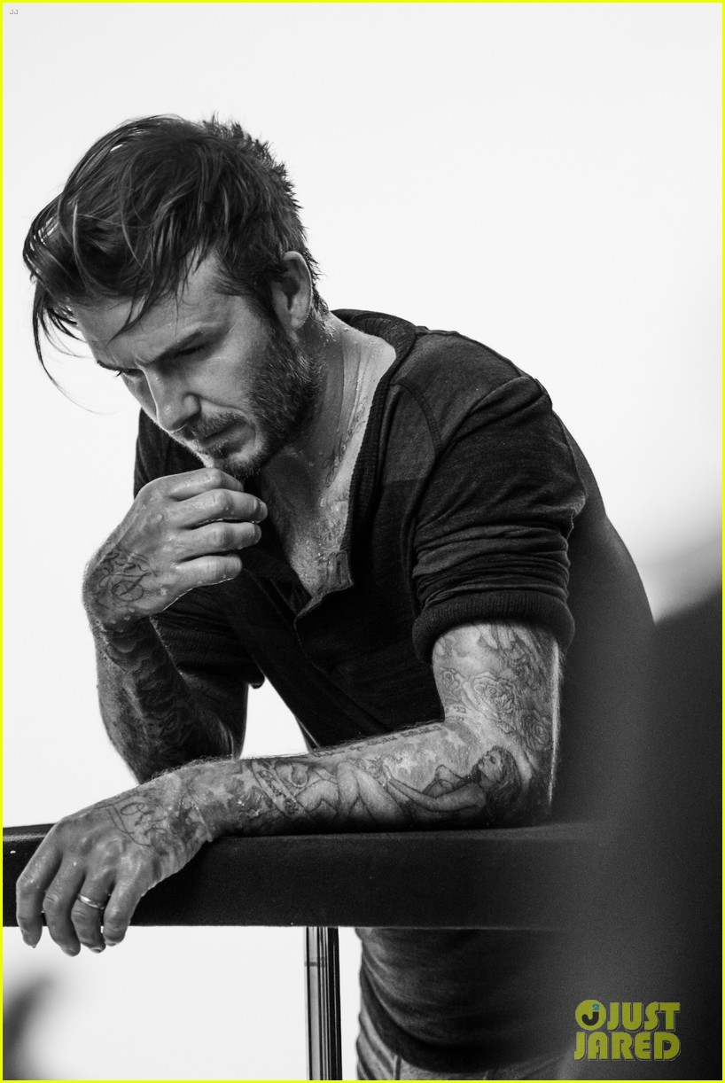 david beckhams hot shirtless body is on display for new hm bodywear 05