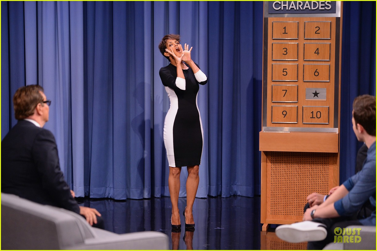 halle berry animated for charades on tonight 01